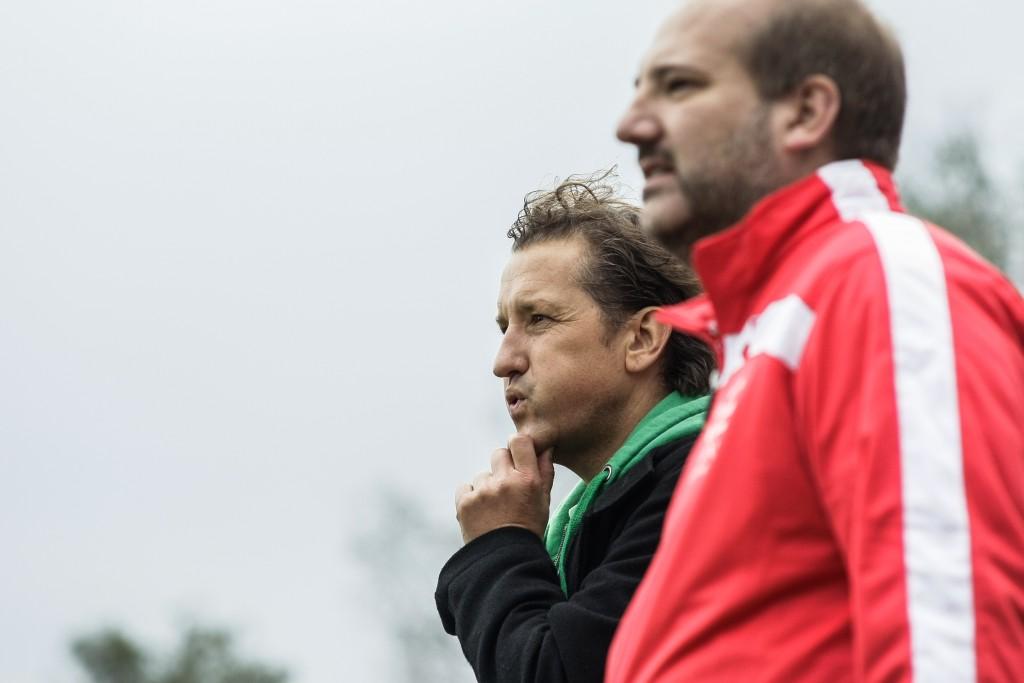 Olaf Butterbrod (l.) und Christian Brey (r.), Trainer des ESV Neuaubings.